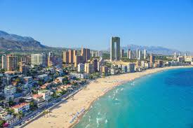 British buyers lead surge in Spanish property purchases by foreigners