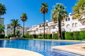How will mortgages be signed in Spain when the new real estate credit law comes into effect?